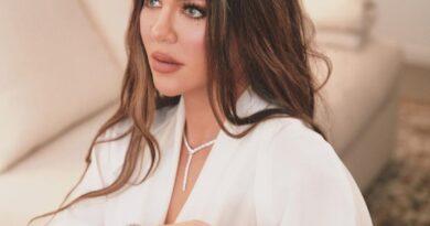 Khloe Kardashian Rips fan who Criticized her